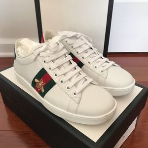 Authentic Gucci Ace Bee Sneakers 37 (fits like 38)